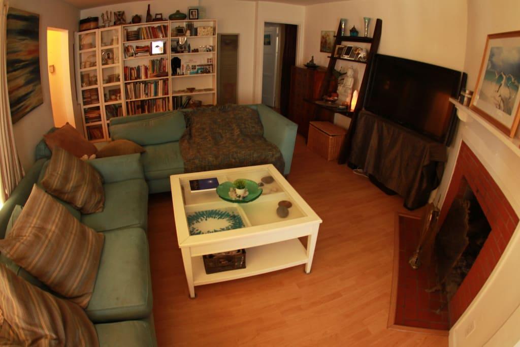 Living room with book shelf.