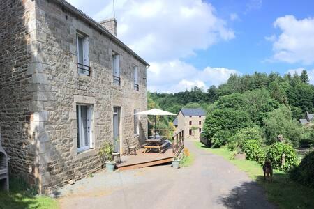 Maison/Moulin/Pêche/ProcheMer/Rando - Le Vieux-Marché - Casa
