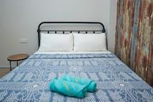 Quaint Bedroom for 2 in Georgetown