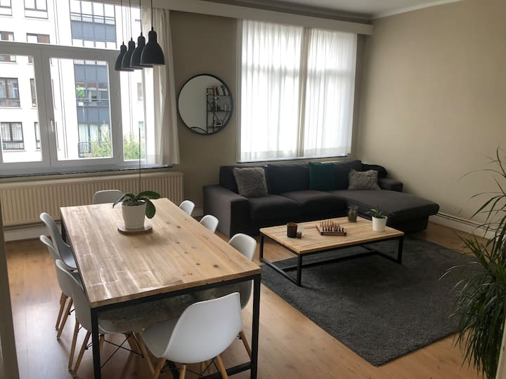 Beautiful apartment in Brussels centre with garage