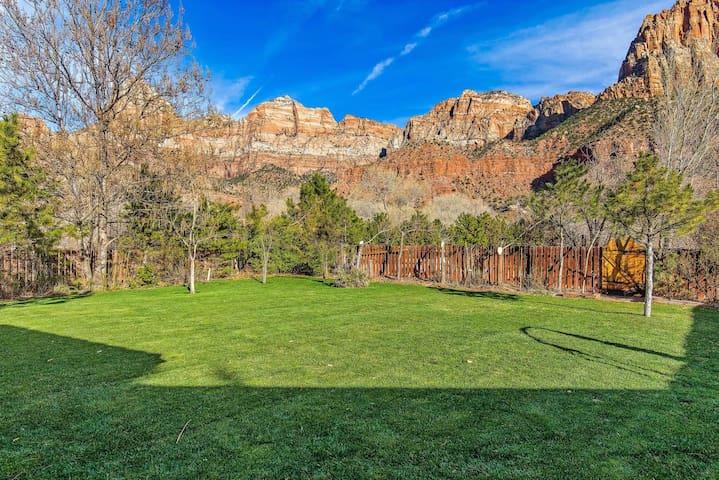 Zion Hummingbird Villa