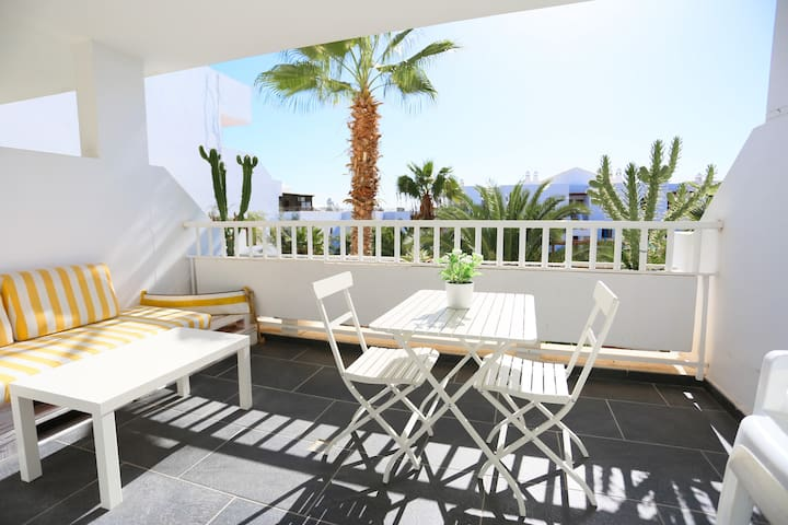 T112. Apartment in Costa Teguise.