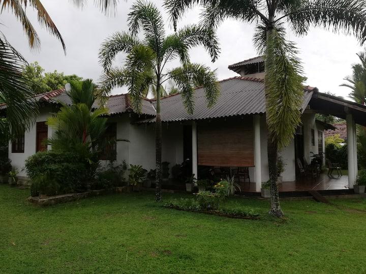 Villa Vinstar