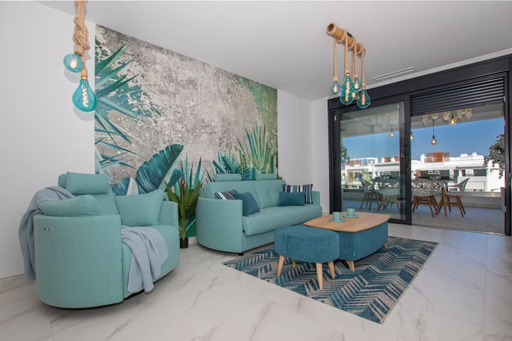 Luxury and modern apartment close to Puerto Banús