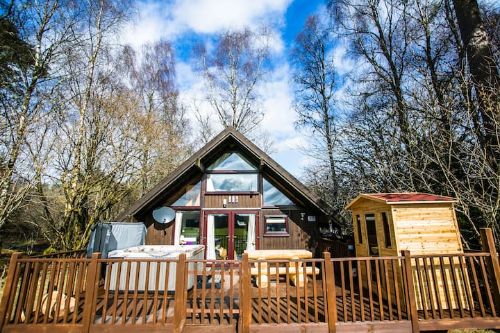 Feorag Ruadh Log Cabin, Dalavich - Hot Tub & Sauna - Dalavich - Sommerhus/hytte