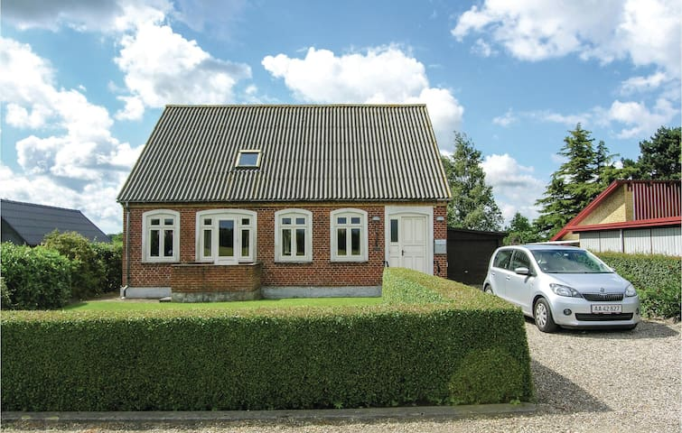 Holiday cottage with 3 bedrooms on 123m² in Rudkøbing