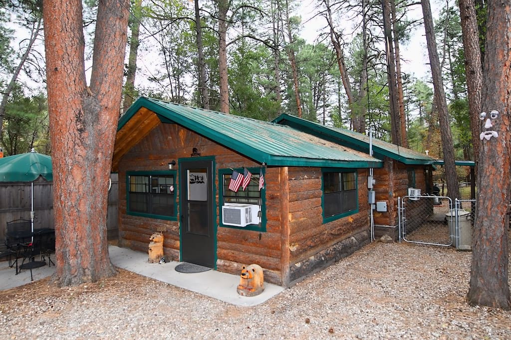 River Cabin - Cozy Cabins Real Estate, LLC
