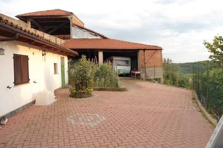 CASA IN CAMPAGNA - Montechiaro d'Asti - Casa