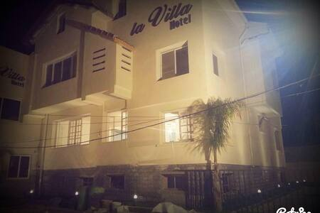 La Villa Hotel - Pension