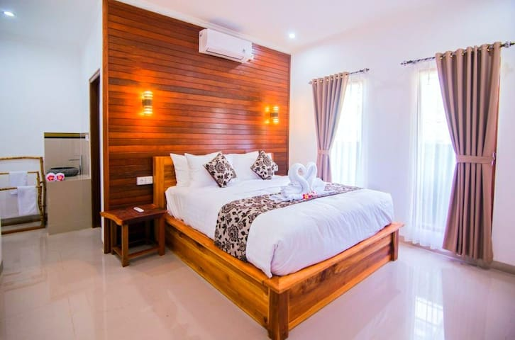 Lembongan Deluxe Villa near to the Beach