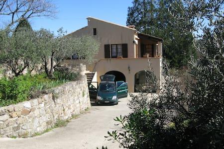 Maison de vacances en Sud Ardéche - Dům