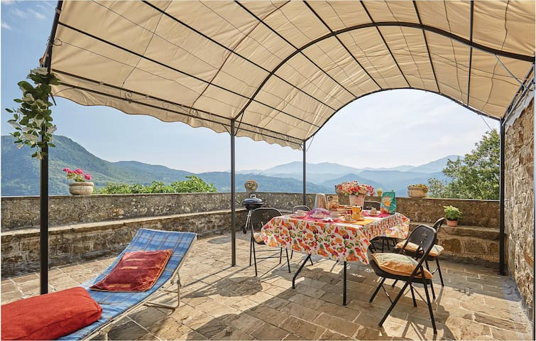 Terraced house with 2 bedrooms on 150 m² in Varese Ligure SP
