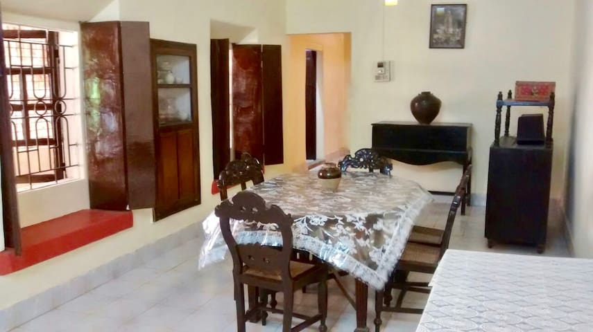 Casa de Antonio - Large 3BHK Cozy Independent Home - Margao