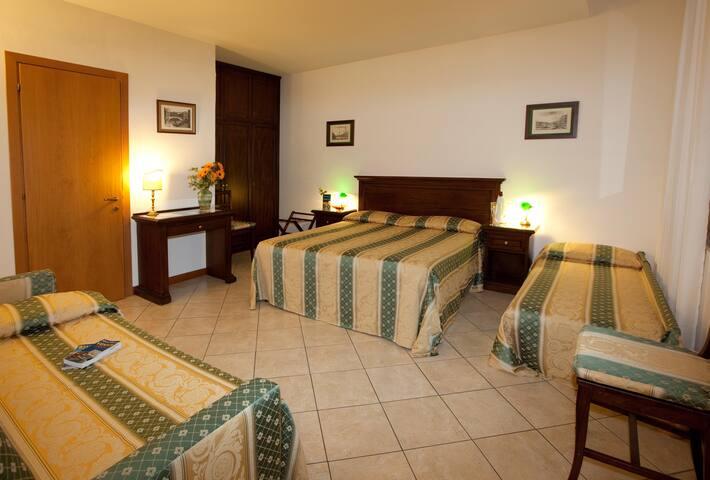 Quadruple room in the heart of Venice