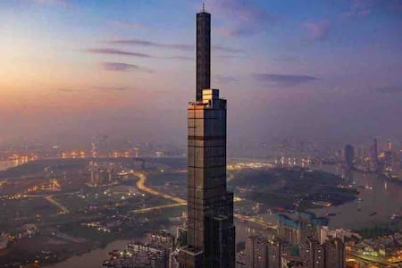 MY APARTMENT IS AT LANDMARK 81- HIGHEST BUILDING
