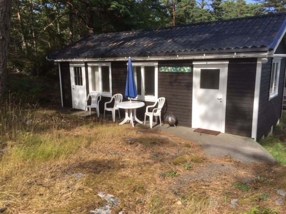 Comfortable nice quiet house 300 meters from a beautiful beach