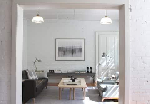 Mid-Coast Maine Loft Style Apartment #1