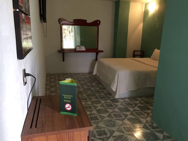 Hotel Sol Azteca
