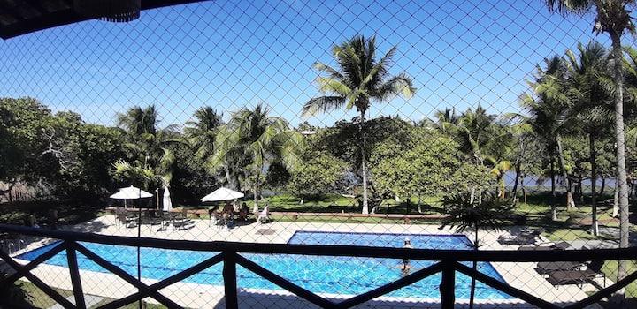 Casa em Itacimirim - Frente para piscina e Lagoa.