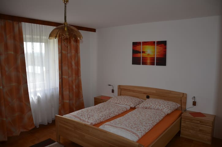 Living on homestead - Wallern an der Trattnach - Apartemen