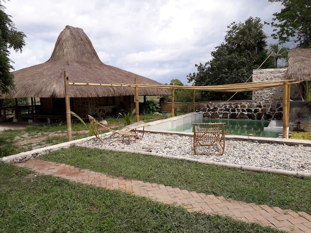 Amu Dahi Villas Bamboo Sumba