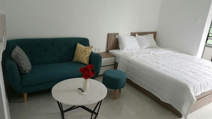Orchard Garden near airport 1BR,free POOL,GYM,BBQ