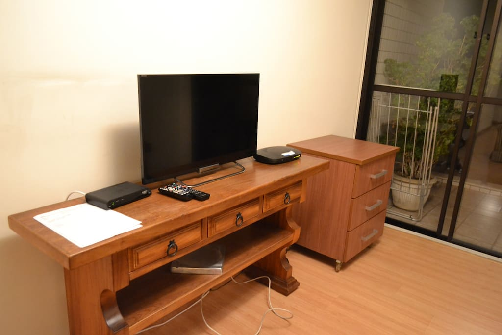 TV a cabo com wifi (Cable TV with wi-fi)