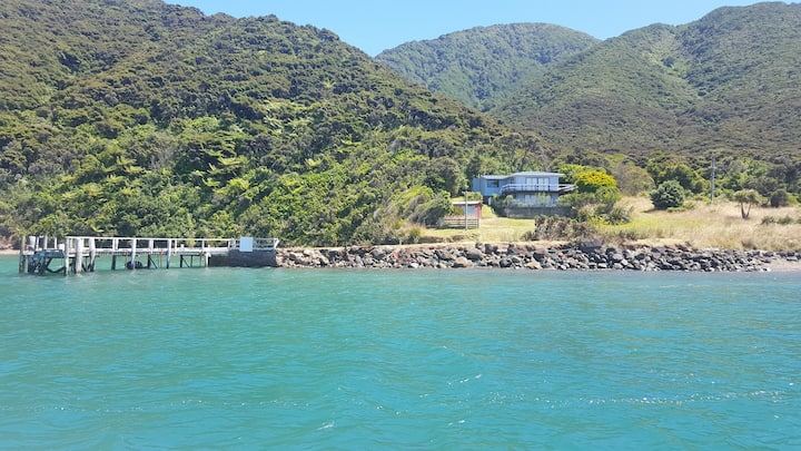 d'Urville Island Holiday Home