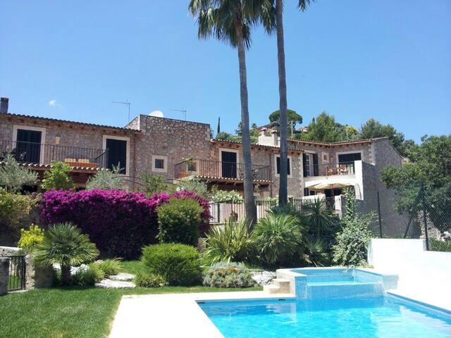 Happy Summer in the Casa Romantica special rates