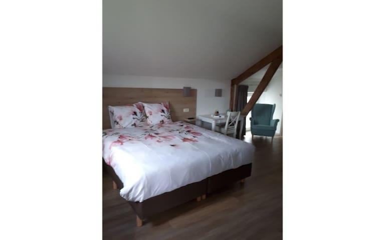 Familyroom (quadruple room)