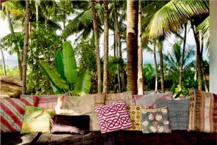 Private-beachhouse,Bang on the beach@Ashvem/Morjim