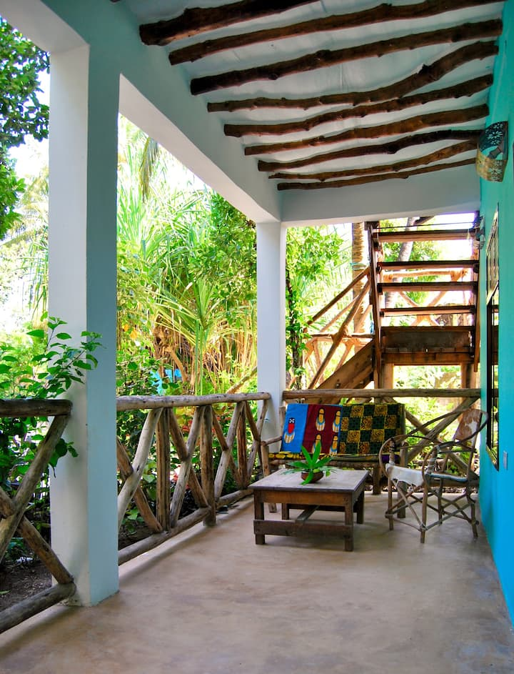 Superior Family Bungalow @East coast Zanzibar (17]