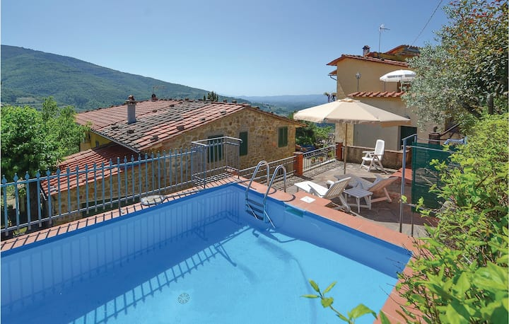 Terraced house with 2 bedrooms on 60m² in Loro Ciuffenna AR