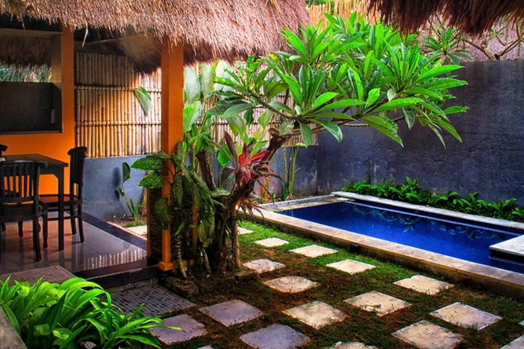 pool бассейн