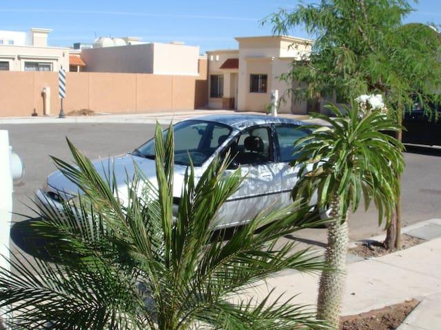Casa en colonia privada - Hermosillo
