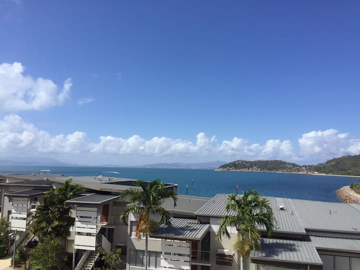 Balcony Bliss - Nelly Bay
