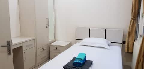 Guest House Anugerah ( Single Room B )