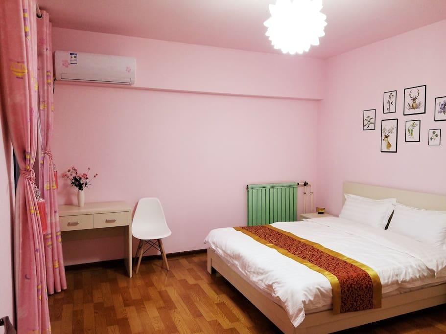 每间卧室都超大哦!