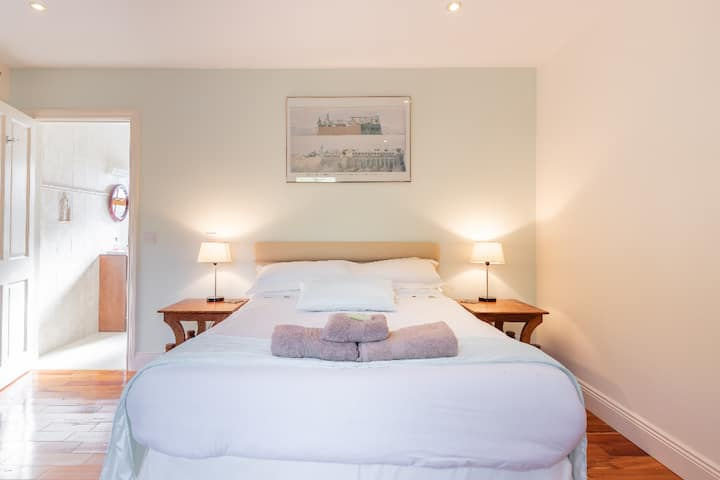 Alaind Lodges, Sneem - Luxurious Double Ensuite Room