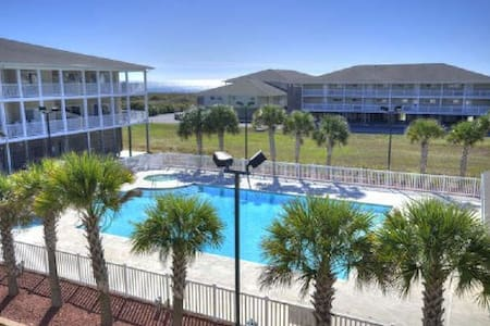 Fully Equipped Beach Haven! - Oak Island - Condomínio