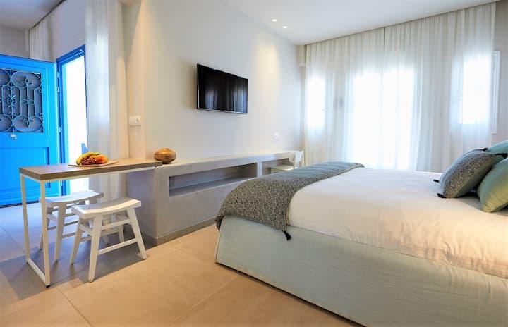 Junior suite garden view - Vigla Hotel - Amorgos