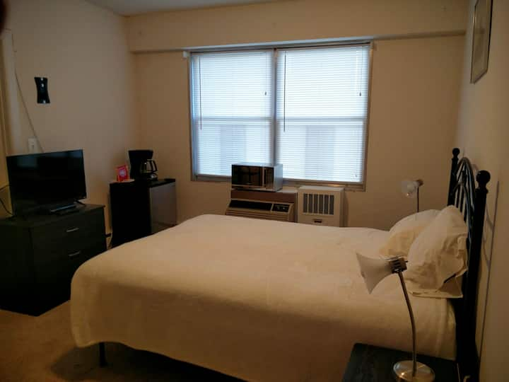 Great studio in residential Condo building.