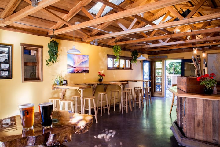 Cozy Micro-Brewery - Bellingham - Townhouse