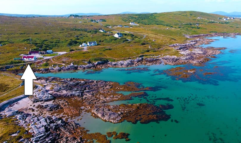 Guardian: 'Best Irish Cottage'+OWN BEACH, Pets OK