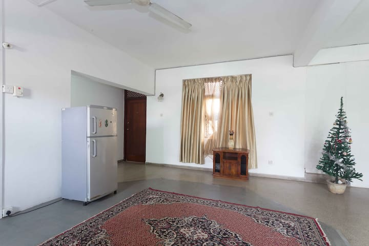 Your Hampden Lane Home (with A/C, en-suite, wi-fi) - Colombo - House