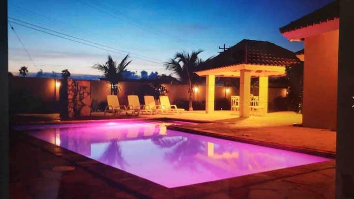 Luxury Villa Palm Beach Aruba with private pool
