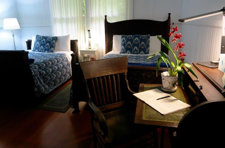 Plantation Managers home - Plantation room