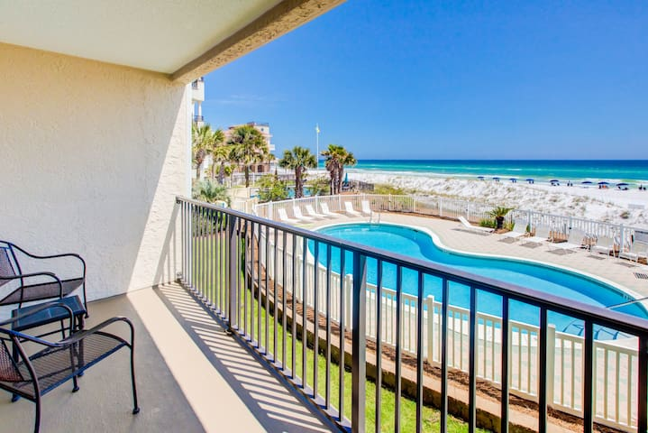 $1400/mo 4 Winter⭐Beach FRONT⭐Balcony⭐Heated Pool⭐2X Sanitized⭐Windancer 204