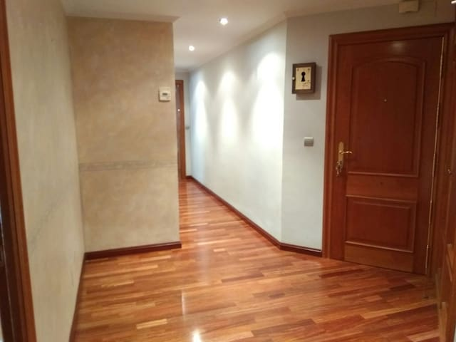 Piso 2 dormitorios a 5 min catedral - León - อพาร์ทเมนท์