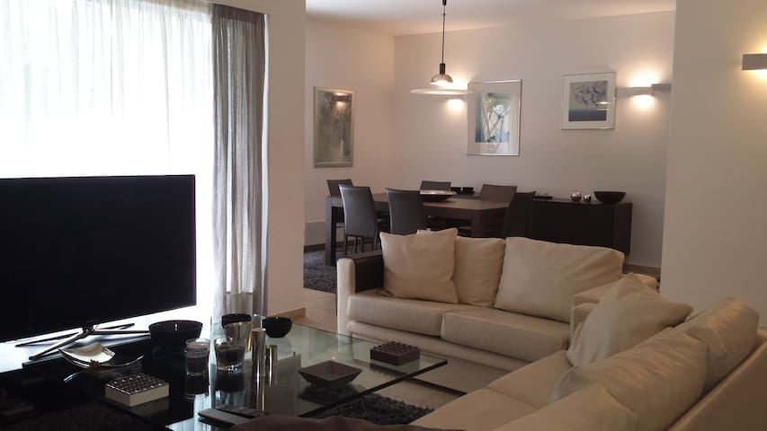 Spacious apartment in Kifissia